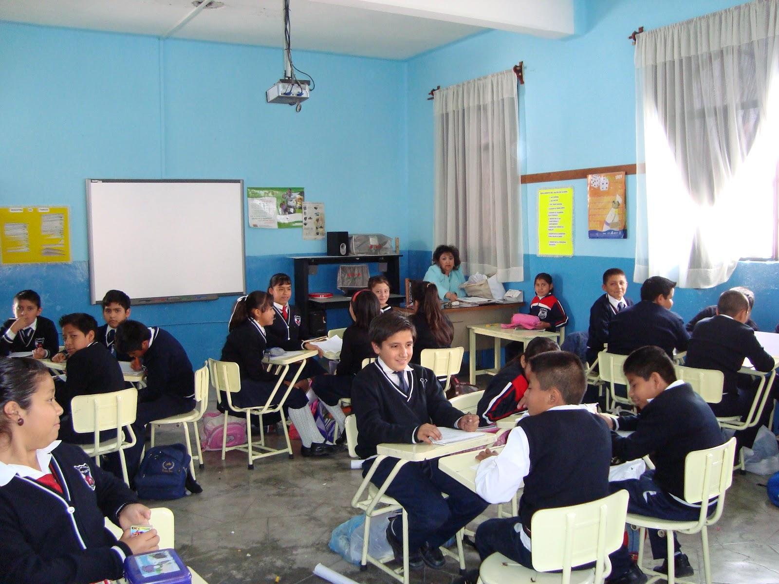 Alumnas en la escuela 5