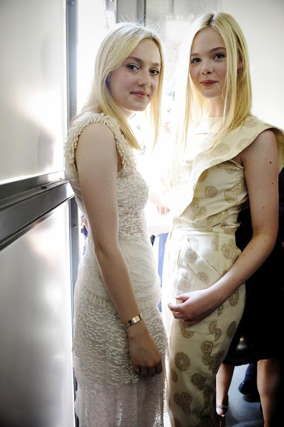 Photo : エル・ファニングと、ダコタ姉ちゃん