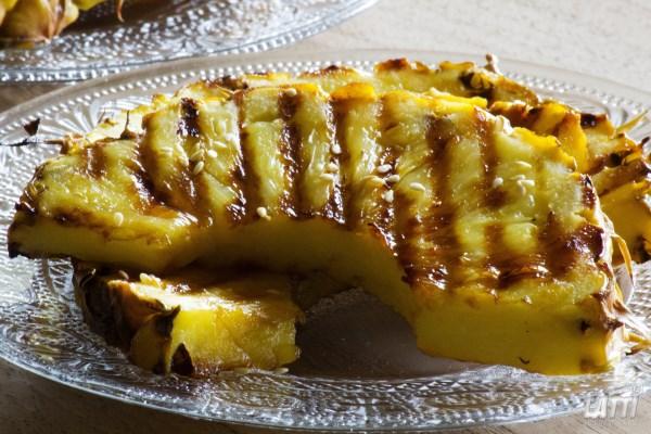 Ananas op de grill
