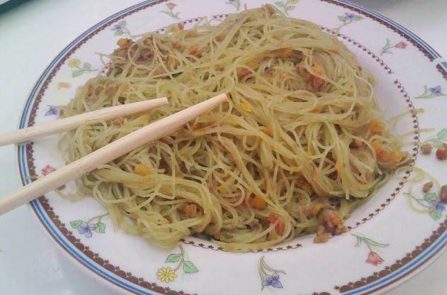 Fideos Chinos con Carne y Verduras