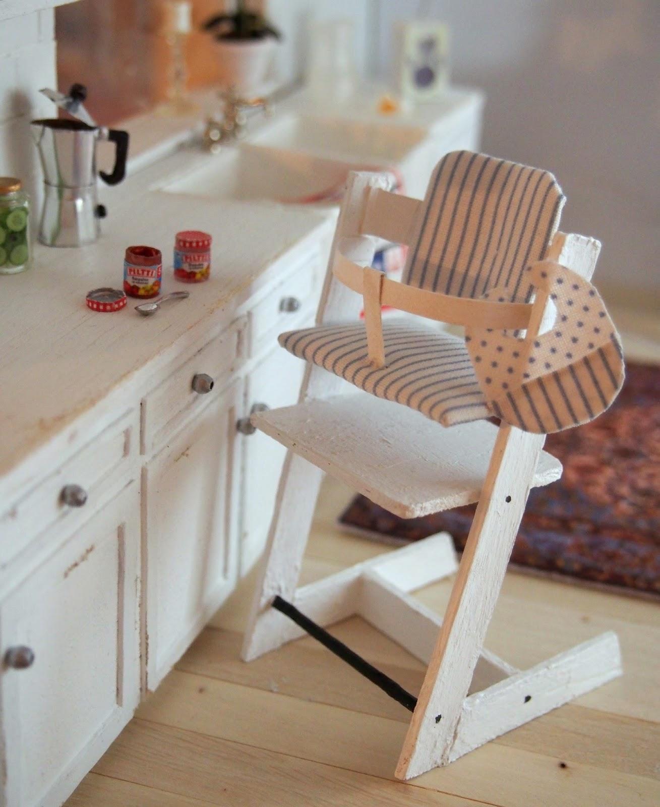 nukkekoti casablanca tripp trapp ja kahvia tripp trapp highchair and coffee. Black Bedroom Furniture Sets. Home Design Ideas