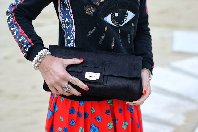 Loriblu bags, black clutch, pearls bracelet, Michael Kors silver watch, infinity ring, Fashion and Cookies, fashion blogger