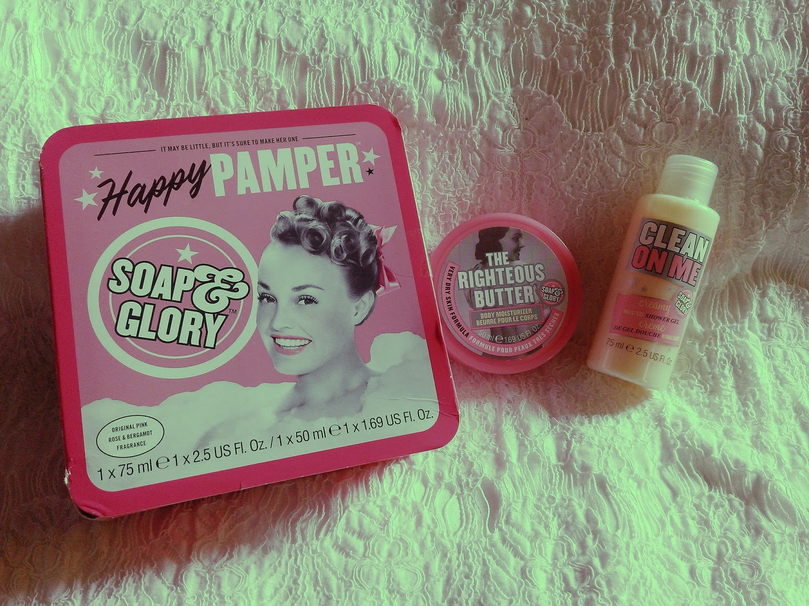 Cienanigans Makeupinboxph Haul Soap Ampamp Glory Irresistibubble Gift Set The First One That I Have Here Is Their Happy Pamper This Includes Deluxe Sizes Of Clean On Me Shower Gel And Righteous Butter Body