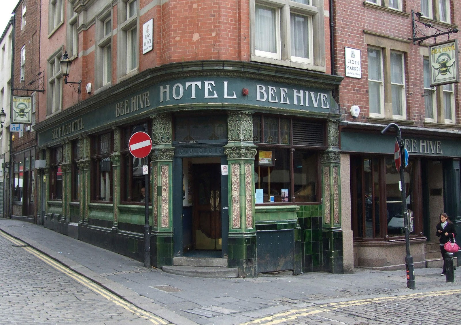 My tyneside pubs bee hive hotel high bridge newcastle - The hive inn hotel ...