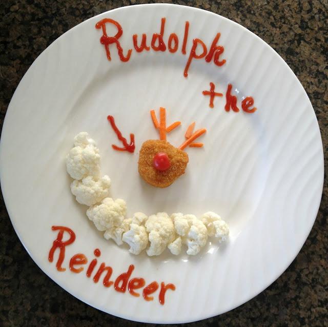 #Mealstogether Tyson Chicken Nugget reindeer with vegetables