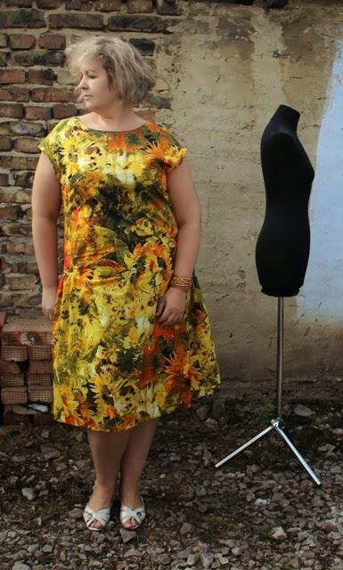 платье из поплина размера плюс сайз