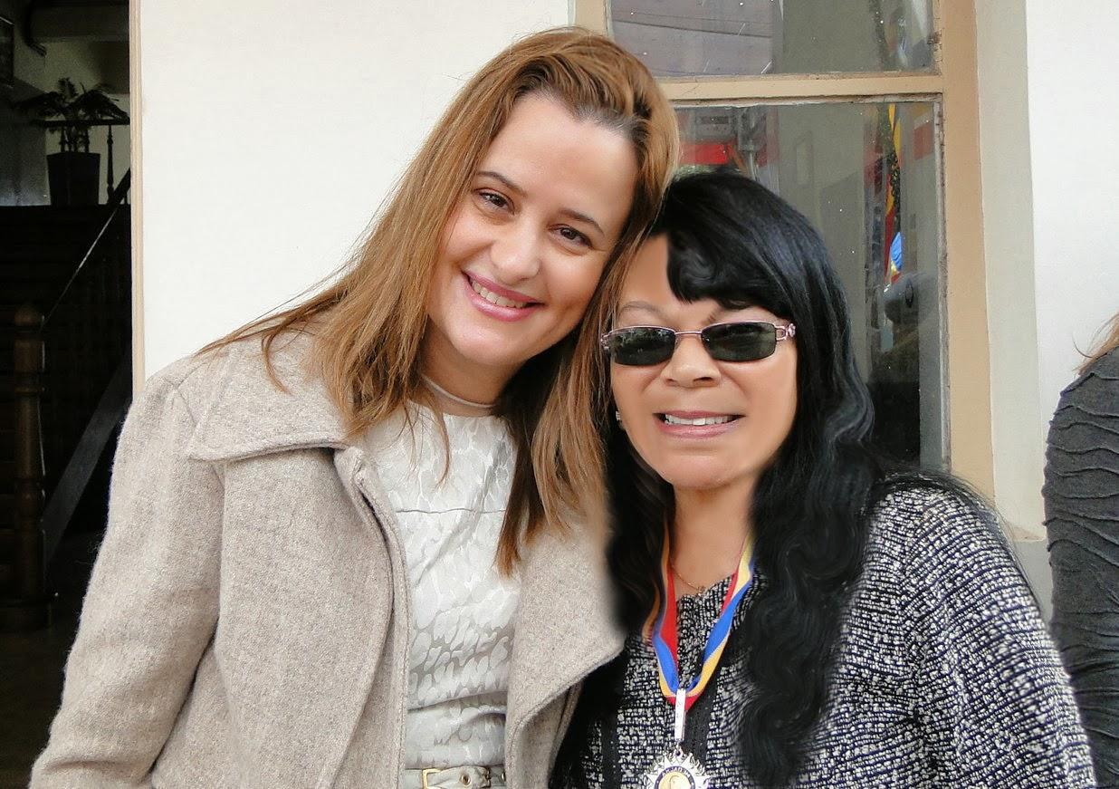 """Com a amiga Evelyn... quando recei a """"Medalha Alferes Tiradentes""""!"""
