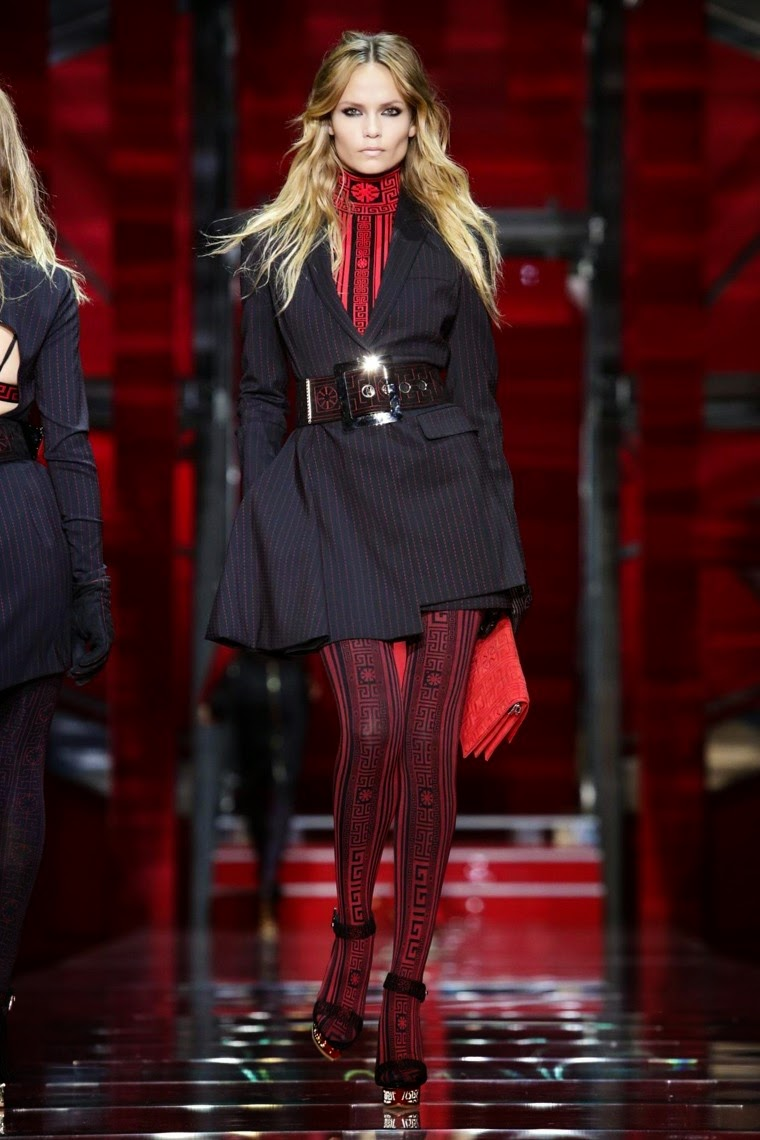 versace, versace AW15, versace FW15, versace Fall Winter 2015, versace Autumn Winter 2015, versace fall, versace fall 2015, du dessin aux podiums, dudessinauxpodiums, donatella versace, vintage look, dress to impress, dress for less, boho, unique vintage, alloy clothing, venus clothing, la moda, spring trends, tendance, tendance de mode, blog de mode, fashion blog, blog mode, mode paris, paris mode, fashion news, designer, fashion designer, moda in pelle, ross dress for less, fashion magazines, fashion blogs, mode a toi, revista de moda, vintage, vintage definition, vintage retro, top fashion, suits online, blog de moda, blog moda, ropa, asos dresses, blogs de moda, dresses, tunique femme, vetements femmes, fashion tops, womens fashions, vetement tendance, fashion dresses, ladies clothes, robes de soiree, robe bustier, robe sexy, sexy dress