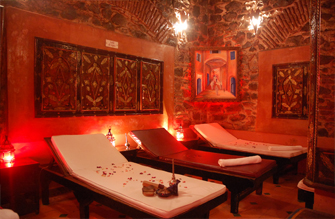 travel pennies a hammam in marrakech mille et une nuits. Black Bedroom Furniture Sets. Home Design Ideas