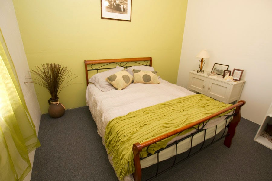 Anderl's Beachport Cottage Bedroom