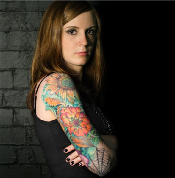Hot girls with sleeve tattoos damn cool pictures for Tattoo sleeve ideas girl