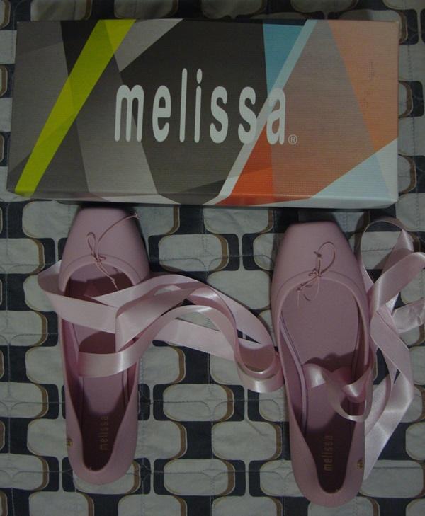 8a1f855cd2 ... Melissa Ballet. Ainda é inverno