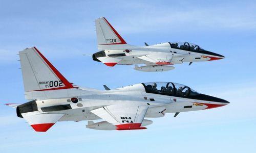 Jet tempur latih FA-50