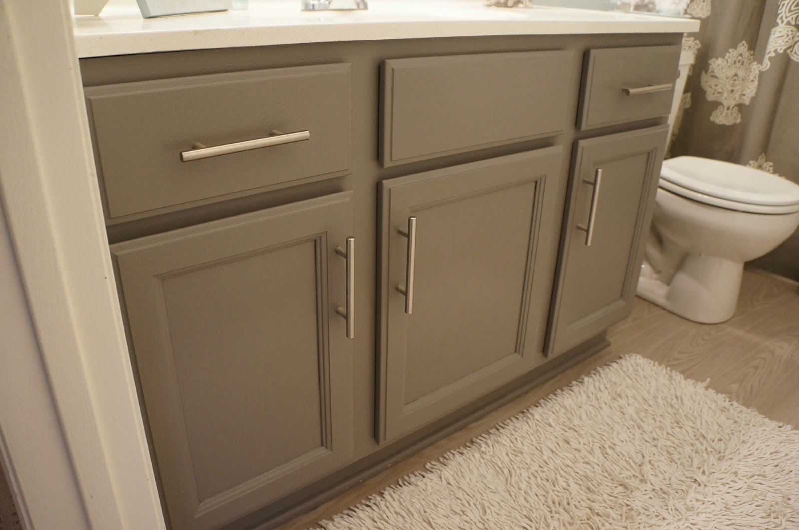 It 39 s a pretty prins life you can paint anything - How to redo bathroom cabinets for cheap ...