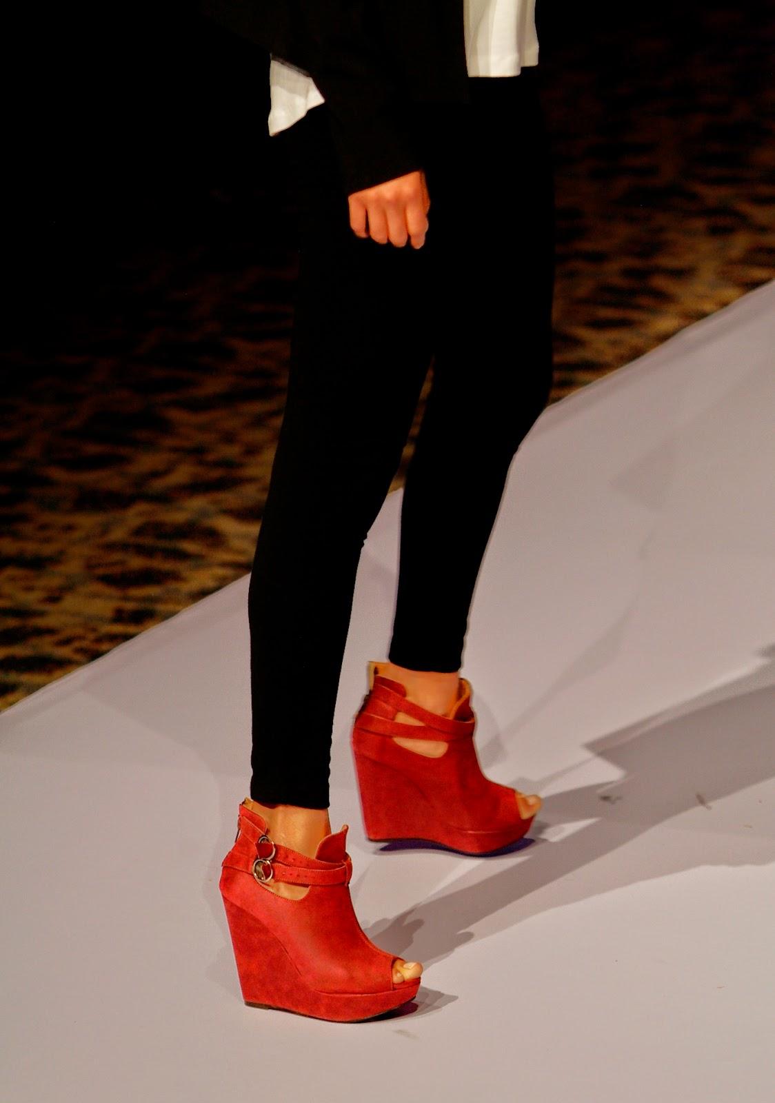 pasarela, lady paulina, calzado dama, calzado mujer, zapatos mujer, calzado mexicano, sapica marzo 2014.
