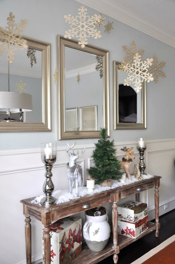 decorating console table for christmas. Black Bedroom Furniture Sets. Home Design Ideas