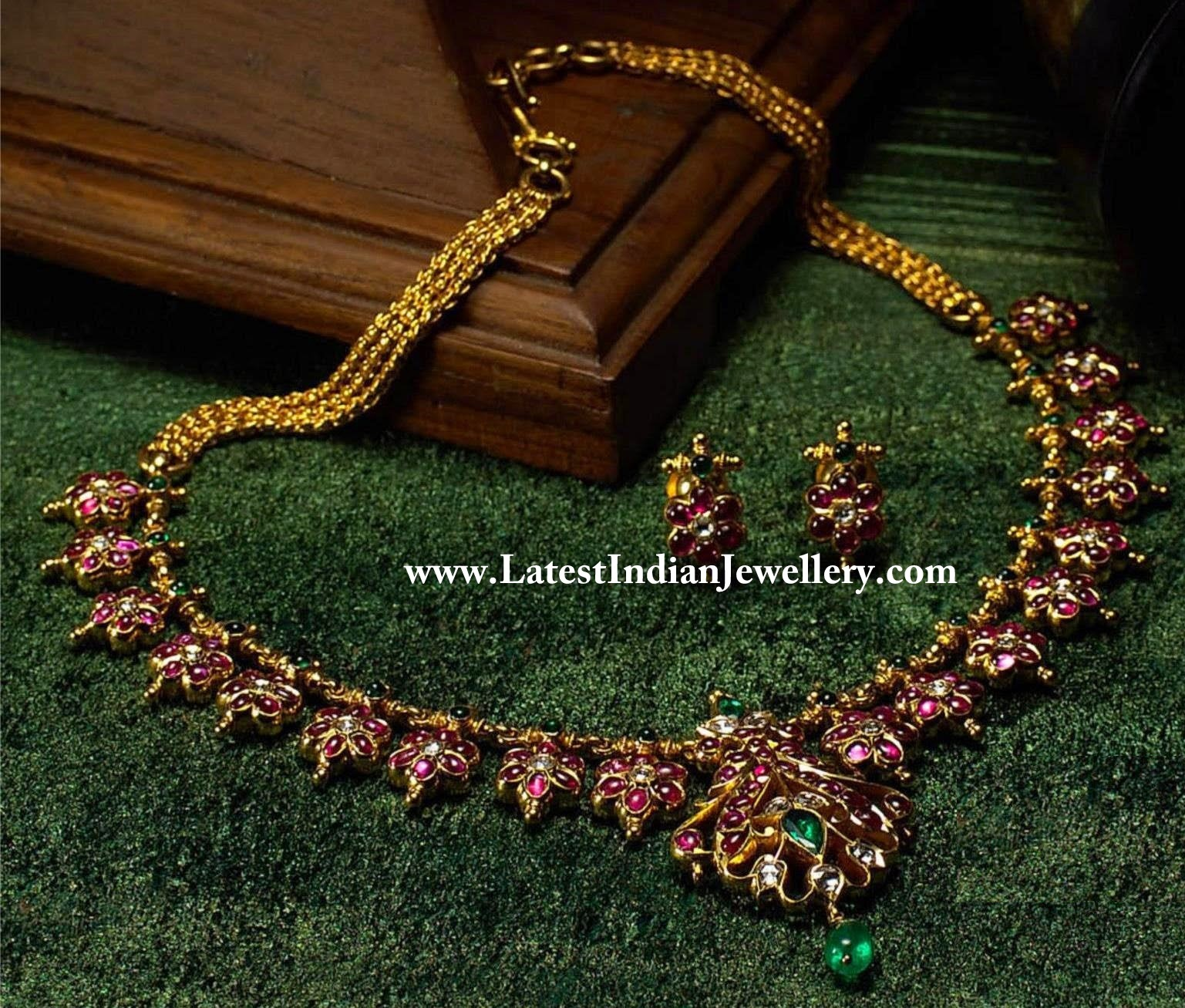 Heritage Ruby Traditionals Necklace Set