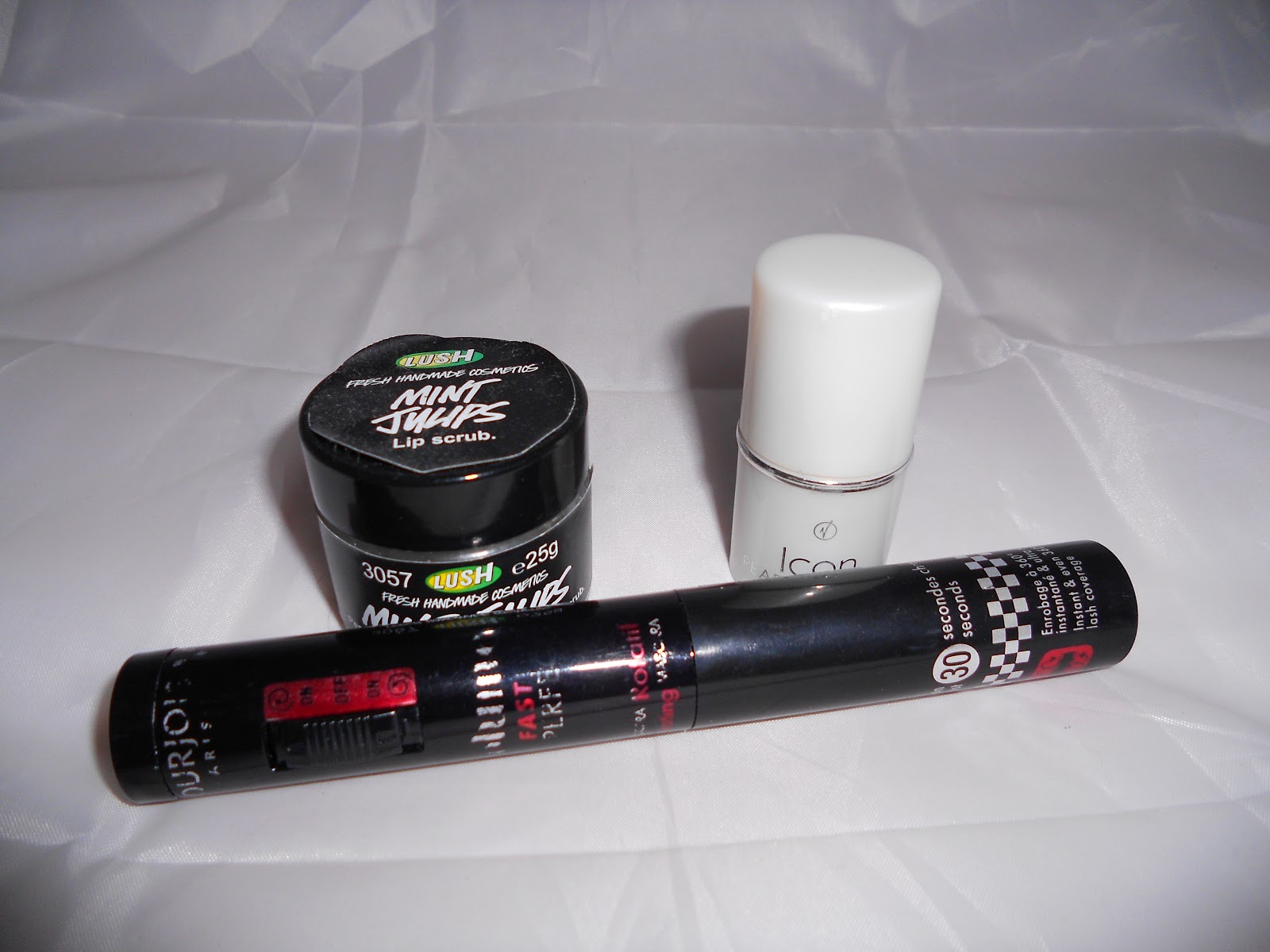 Lush lip scrub, Virgin Vie highlighter and Bourjois mascara