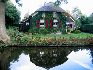 10, giethoorn in holland marisa haque & ikang fawzi, village withouts treets