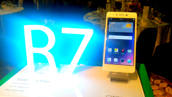 Oppo R7 Lite and R7 Plus Launched, Android Lollipop Devices Starting at P13,990