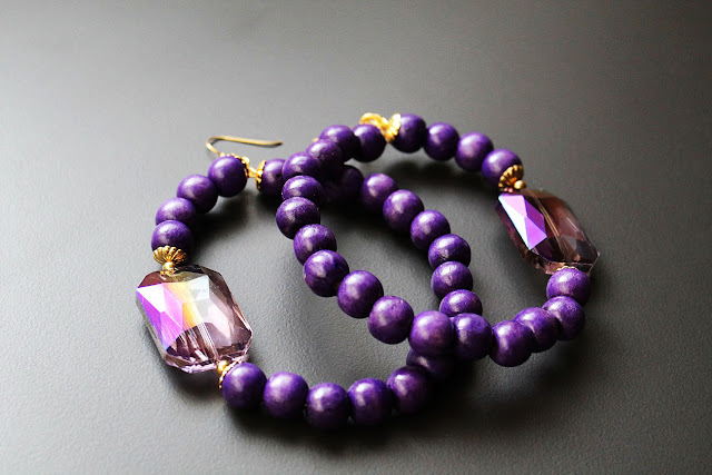 purple beaded wood hoop earrings
