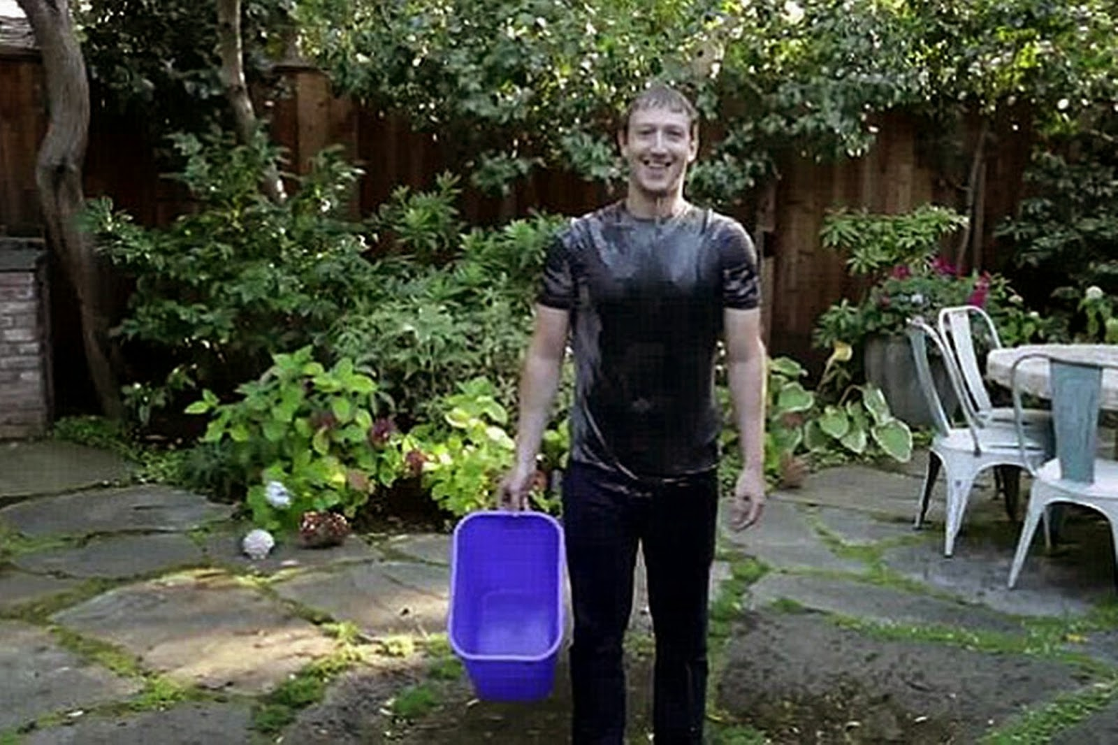 Mark Zuckerberg Accepts Ice Bucket Challenge