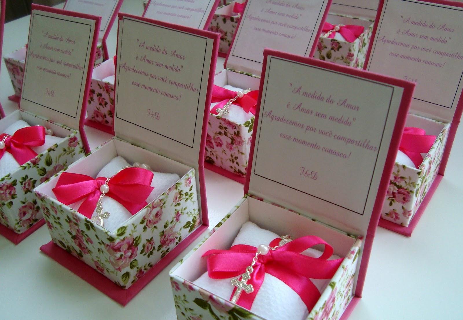 Floral Caixinhas para Lembrancinhas Boutique da Caixa #BC0E38 1600x1107