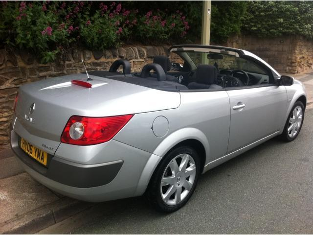 ace cool cars for rent act now silvery sleek renault megane cabriolet. Black Bedroom Furniture Sets. Home Design Ideas