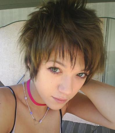 emo hairstyles for girls with short hair. Short Emo Hair Styles For