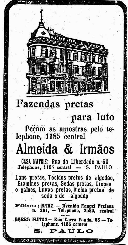 Propaganda de loja de tecidos com ofertas de tecidos pretos para luto. Ano 1912.