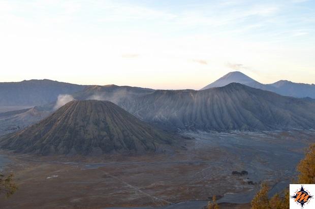 Alba sul Gunung Bromo. Vista dal Gunung Penanjakan