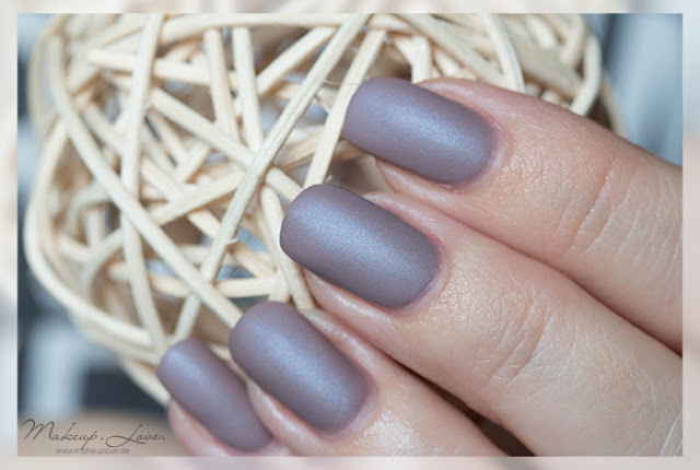 makeuplove beauty blog essie cozy in cashmere essie cashmere matte le. Black Bedroom Furniture Sets. Home Design Ideas