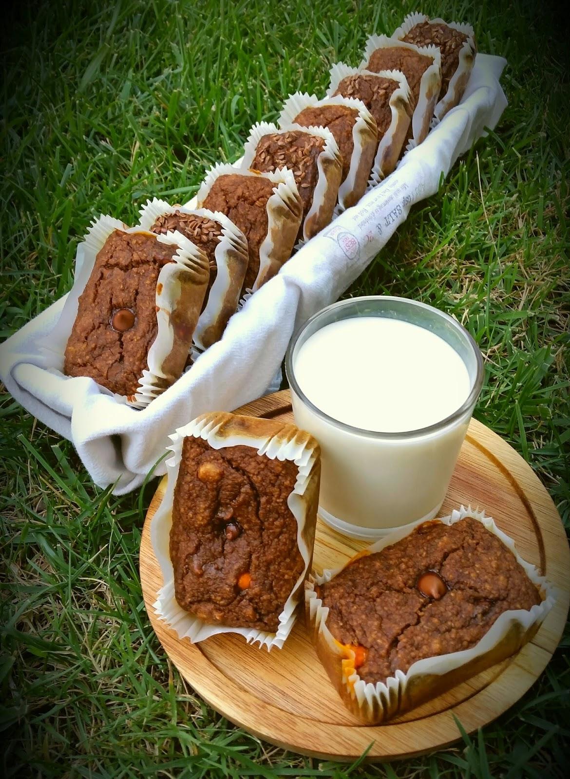 Savvy Chef Skinny Banana Maple Oat Muffins