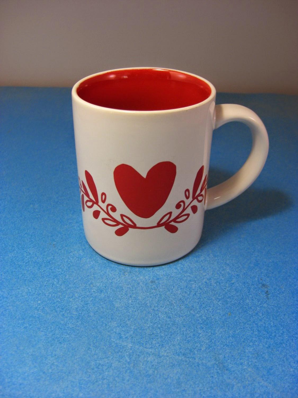 http://bargaincart.ecrater.com/p/21964086/crate-barrel-valentines-mug