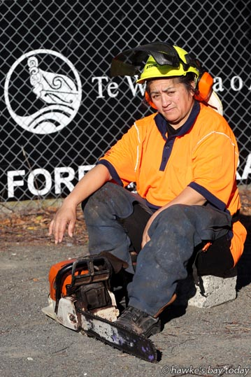 Janice Grant, female forestry worker, skid worker, trained at Te Wananga o Aotearoa, Napier. photograph