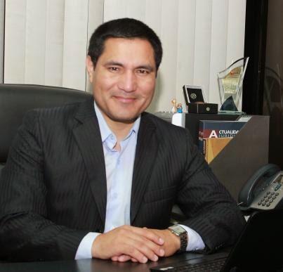 Dr. Frank Acevedo Sánchez