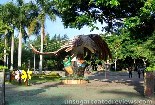 giant Philippine eagle sculpture