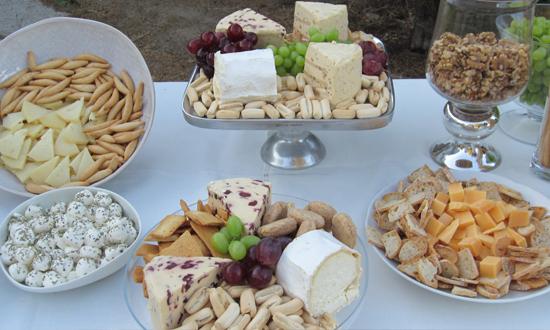 Oh mywedding una boda r stica muy especial - Mesa de quesos para bodas ...