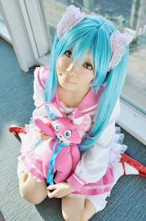 Sakurano Piko Cosplay as Vocaloid Hatsune Miku