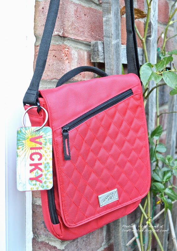 A free gift from Stampin' Up a beautiful Real Red handbag with the Stampin' Up badge