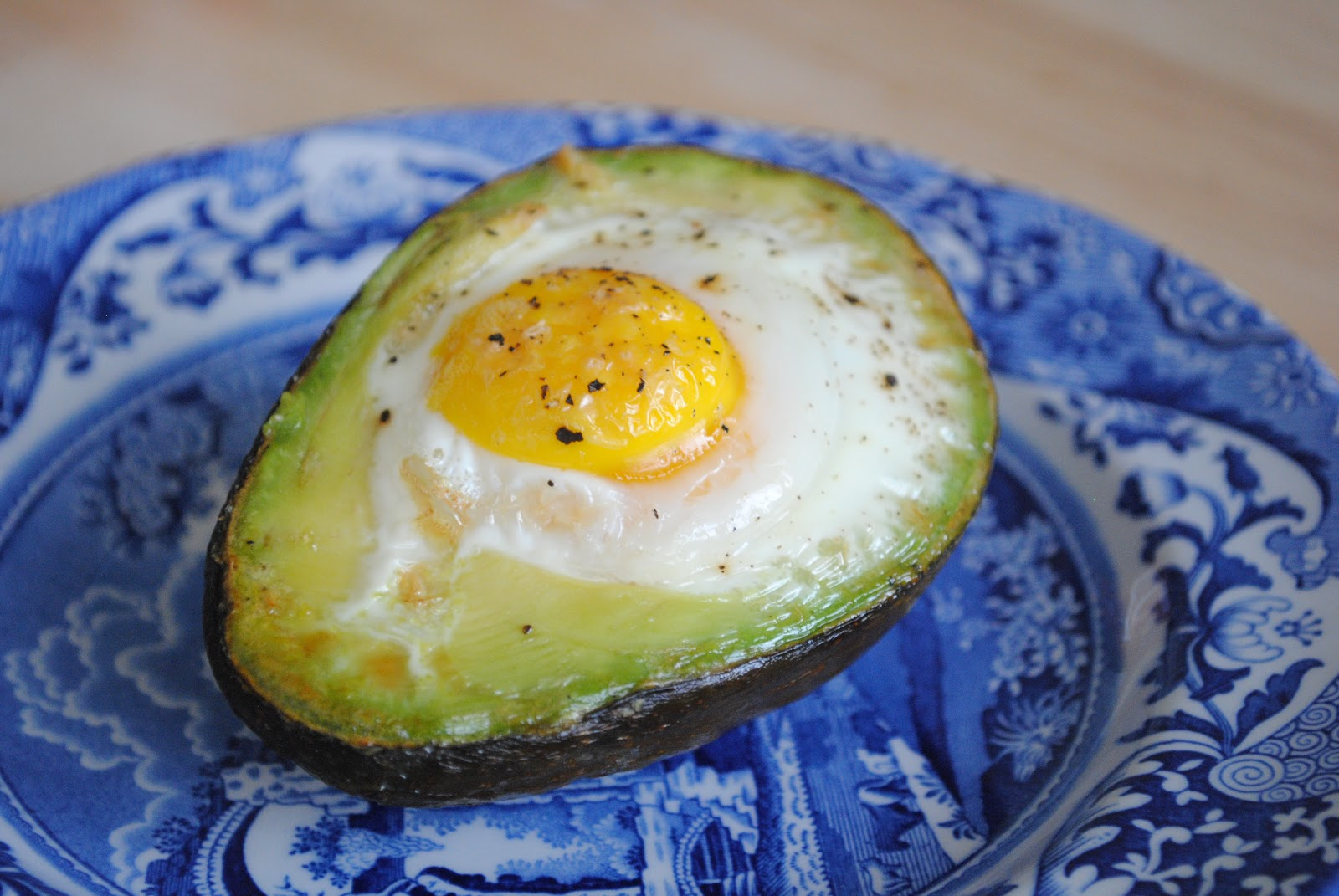 Southern Curls & Pearls: Avocado Egg Bake