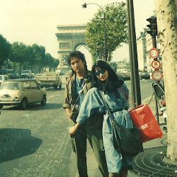 Di Depan Champ Elyses, Paris, Ikang Fawzi & Marissa Haque, Sept 1986, Perancis