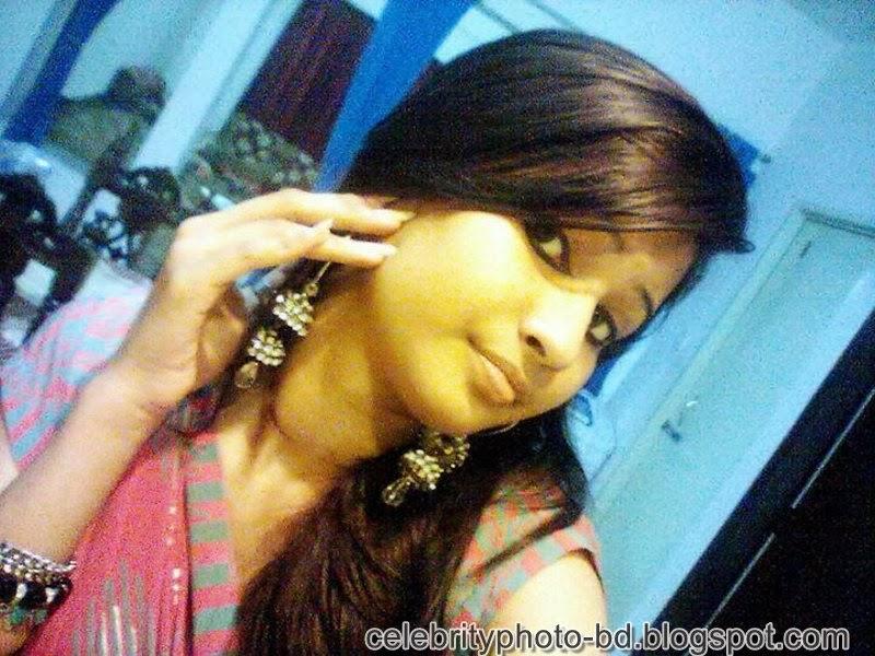 Ishana+facebook+Orginal+Picture+Collection002