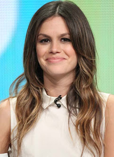 Rachel Bilson to launch shoe range