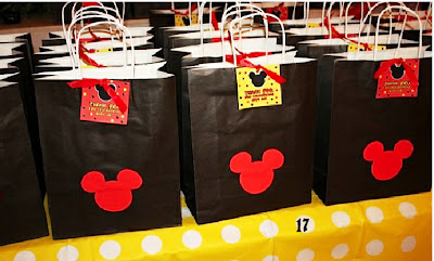 Bolsas de recuerdos, souvenires, sorpresas para fiesta de Mickey.