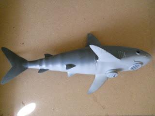 maqueta de tiburón a radio control