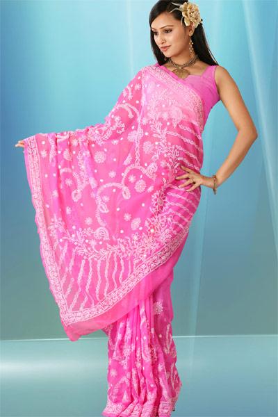 http://1.bp.blogspot.com/-1f0tioLeXFQ/Tll_vZlckPI/AAAAAAAAXq4/xIVv3FLt0Ys/s600/fashion%2Bsaree-1.jpg