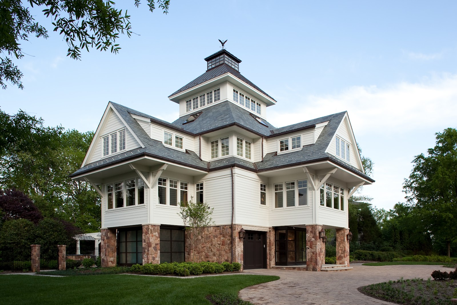 Not just plain jane home sweet lighthouse for Lighthouse home plans