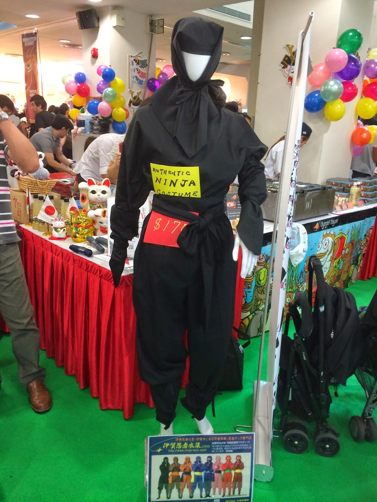 Hello Market 2014 at Liang Court ninja costume japan