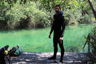 Mergulho nas águas cristalinas do Rio Formoso.